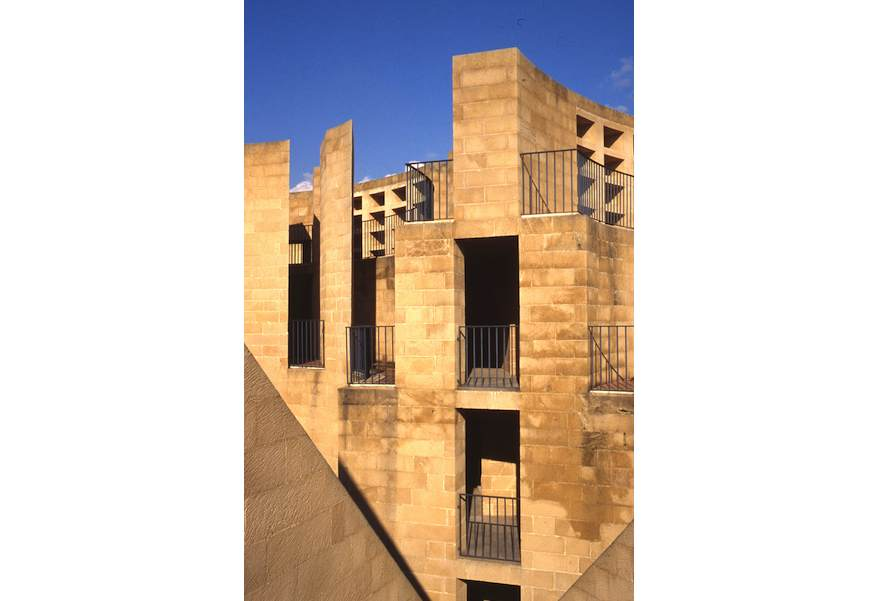 Marmomacc premio internazionale architetture di pietra for Architettura vernacolare