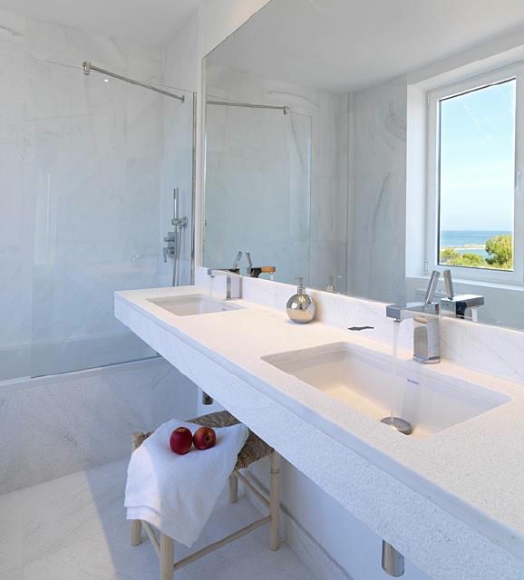 Arquitectura ba arse en un ambiente elegante stone for Limpieza de marmol blanco