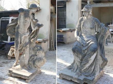 Zustand des Merkur und der Minerva vor den restauratorischen Arbeiten: 3. Preis an Julius Hempel (Bildhauer Hempel)...