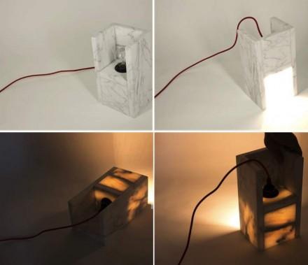 """Beim """"Dimmer Light"""" des griechischen Studios 11.percent Design. Die Lichtstärke der Lampe wird nicht durch einen klassischen Dimmer verändert, sondern indem sie von dem Betrachter weg oder zu ihm hingedreht wird. Fotos: 11percent Design"""