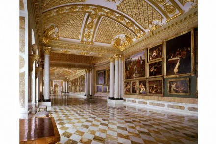 Bildergalerie im Park Sanssouci: Lange Sicht in den westlichen Flügel. © SPSG / Foto: Leo Seidel