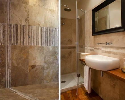 As usual with natural stone products, each and every element and thus the mosaic as a whole is unique. No two pieces look alike although they blend and adapt to one another.