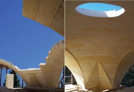 """Fallacara zeigt im Buch das Wohnhaus """"Domus Benedictae"""" in Süditalien, bei dem solch eine Konstruktion im Sommer für einen Luftzug und eine angenehme Kühlung sorgt."""