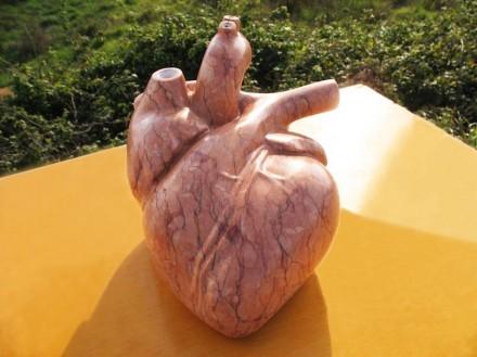 """Beatriz Cunha: """"Coração"""", calcário"""