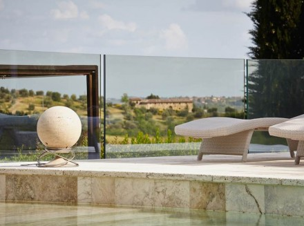 "Architettura Sonora: ""Sphere"", travertine."