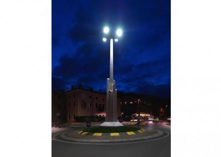 Monumento per i filatori di seta a Chiampo. Foto: Raffaello Galiotto