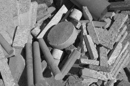 The question is: how can one give waste a new value? Foto: Moro Il Cuore della Pietra