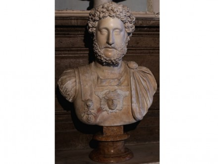 Portrait of Commodus (180-192 A.D.), Luna (= Carrara) Marble, Capitoline Museums, Rome.