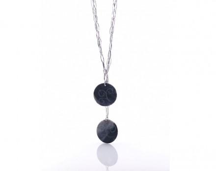 Halskette mit dem Marmor Grey Bardiglio.