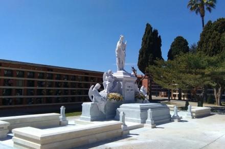 Il Premio per Design e Artigianato lo hanno ottenuto gli architetti Pascual Mata Sebastiá e Javier Lahuerta per la creazione di un mausoleo nella città di Vila-Real. La giuria ha particolarmente apprezzato la figura con l' altezza di 2,30 m, che rappresenta la vittoria dell'anima sulla morte e il suo arrivo a Dio.
