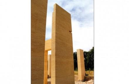 Category Building Today, 3rd Prize: Pierre de Bazelaire, house in massive stone, Uzès (Gard).