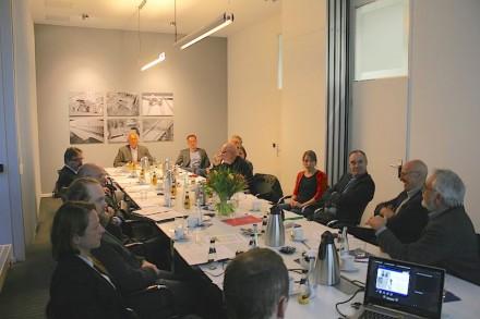 Die Gesprächsrunde in Berlin am Sitz des Bundesverbands Baustoffe, Steine und Erden.