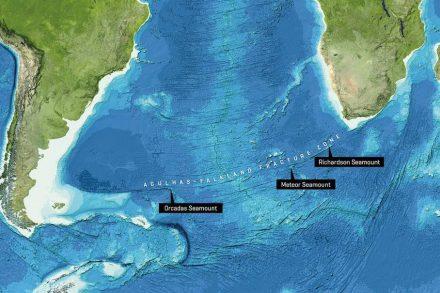 Der Richardson-, der Meteor- und der Orcadas-Seamount liegen alle entlang der Agulhas-Falkland Fracture Zone im Südatlantik. Bild von der GEBCO world map 2014, www.gebco.net.