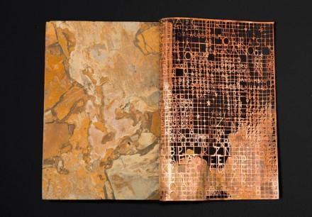 "Halil Sami Halil, Grupo Mineração Corcovado Brasigran: ""Pedra Cobre Pedra"" (Granite superexótico Yellow Bamboo)."