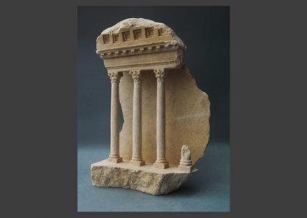 Matthew Simmonds: Colonnade IV: Palmyra, Limestone, 24 cm height.