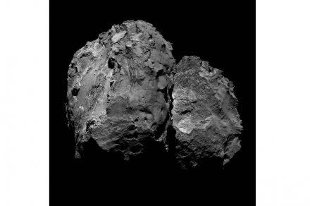 Kometen haben häufig die Form einer Hantel mit zwei Körpern, die durch einen schmaleren Grat verbunden sind.