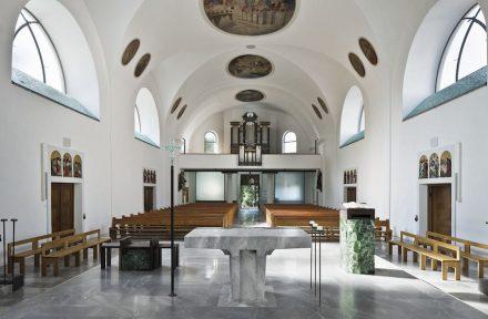 Ernst Beneder, Anja Fischer Architekten, Wien: Pfarrkirche Dornbirn.