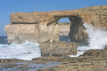 Azure Window before destruction. Photo: Catarelo75 / Wikimedia Commons