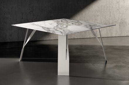 "Table ""Elique"" by <a href=""http://www.acerbisdesign.com/""target=""_blank"">Acerbis</a>."