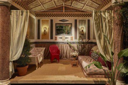 """DuPont: """"Cabana Club""""; Carolina Irving (design): American bathroom."""