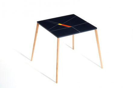 Franco Eccel: table with top made of engineered stone