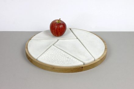 """Fruit bowl """"Marmara"""", by Juan Aznar Cases, used as a whole or in parts. The parts bear the surfaces of some fruit."""