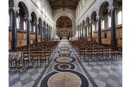 Der Marmorfußboden in der Friedenskirche im Potsdamer Park Sanssouci. Foto: Deutsche Stiftung Denkmalschutz