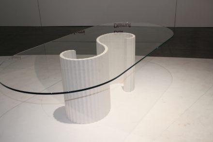 "Table ""Flexo"", Design: Raffaello Galiotto; Company: Margraf; Machine: Pellegrini Meccanica; Material: Bianco Siberia by Margraf. Photo: Peter Becker"