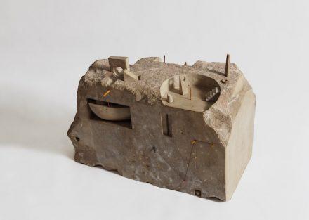 "Gonzalo Fonseca: ""Tabatinga (Nilometer VI)"", 1984, Limestone. Photo: EPW Studio Maris Hutchinson"