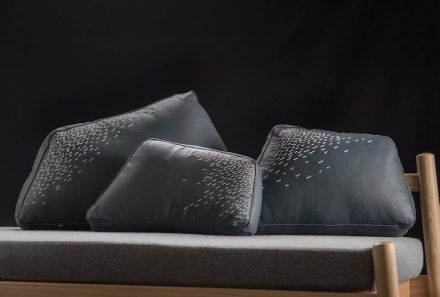 "Peca, Caterina Moretti: cushion ""Pita""."