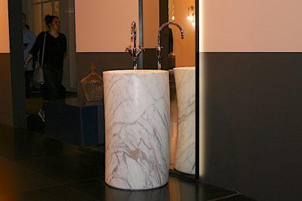 "Salone del Mobile: <a href=""http://www.arlexsrl.com/""target=""_blank"">Arlex Italia</a>."