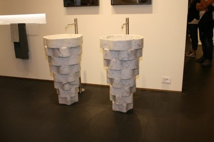 "Salone del Mobile: <a href=""https://www.antoniolupi.it/""target=""_blank"">Antonio Lupi</a>."