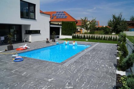 Hasenkof Johann: Private house with swimming pool.