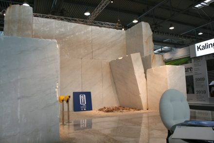 """Not only for artists, but also for the customer the Quarry is the greatest attraction of the stone world. At Marmomac 2014, Sardinian company <a href=""""http://www.bsquarrysar.com/""""target=""""_blank"""">Quarrysar Group</a> showed the moment when a large block is loosened from the mountain."""