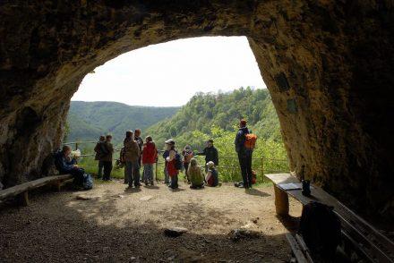 Der Eingang zur den Gutenberger Höhlen. Foto: Reiner Enkelmann