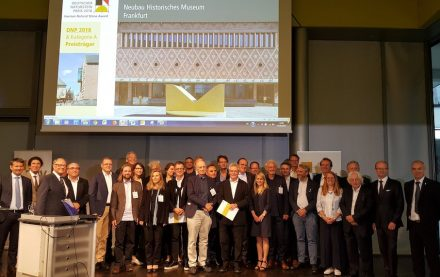 The awarded architects and companies at the German Natural Stone Award 2018 ceremony.