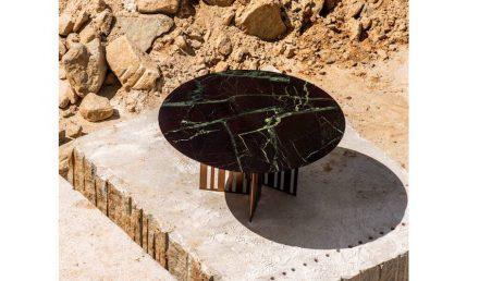 "Dinner table ""Angolo"". Design: Vivian Coser; company: Brasigran; granite Moulin Rouge."
