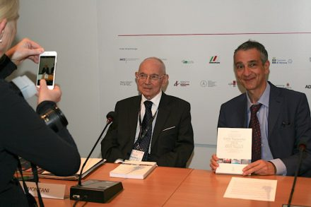 Dr. Carlo Montani (left). To his right, Daniele Canali, Chief of Aldus Casa di Edizioni.