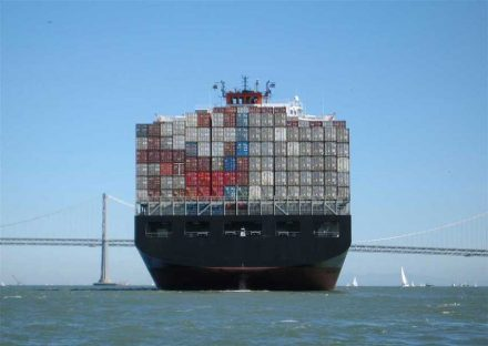 """What will the coming IMO-caps mean for international container shipping? Photo: Mgunn / <a href=""""https://commons.wikimedia.org/""""target=""""_blank"""">Wikimedia Commons</a>"""