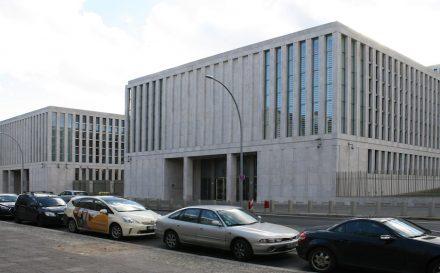 Die Empfangsgebäude der neuen BND-Zentrale in Berlin.