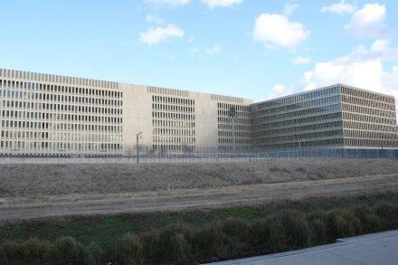 Kunst am Bau in der neuen BND-Zentrale in Berlin.