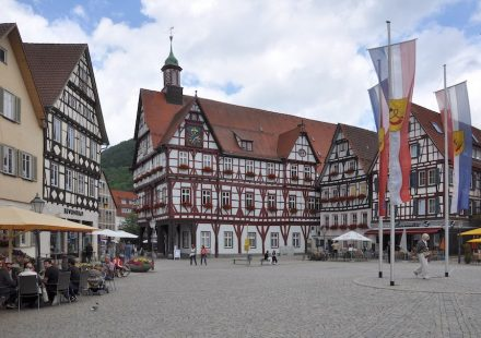Bad Urach, market place with town hall.