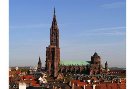 "Das Straßburger Münster. Foto: Jonathan Martz / <a href=""https://commons.wikimedia.org/""target=""_blank"">Wikimedia Commons</a>"