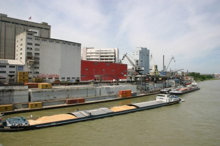 View from the Dreirosenbrücke: the river banks in the year 2006...