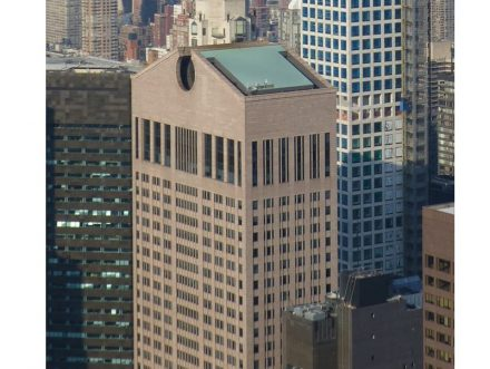 """Der AT&T-Tower in Manhattan, gesehen vom Rockefeller Tower. Foto: Citizen59 / <a href=""""https://commons.wikimedia.org/""""target=""""_blank"""">Wikimedia Commons</a>"""