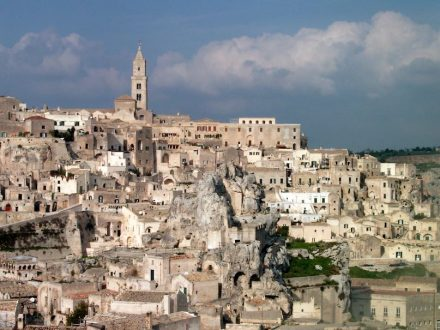 "I Sassi, Matera. Photo: Böhnisch / <a href=""http://commons.wikimedia.org/""target=""_blank"">Wikimedia Commons</a>"