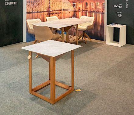"""""""Louvre"""" Collection. Design: Augusto Crespi für Heitor Móveis, Steinarbeiten von Cammino Pedras."""