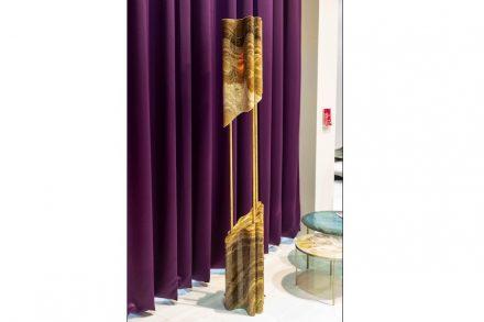 "<a href="" https://www.aatc.it/""target=""_blank""> A.A.T.C.</a>: ""Karim in Marble"" (Stehlampe). Design: Karim Rashid."