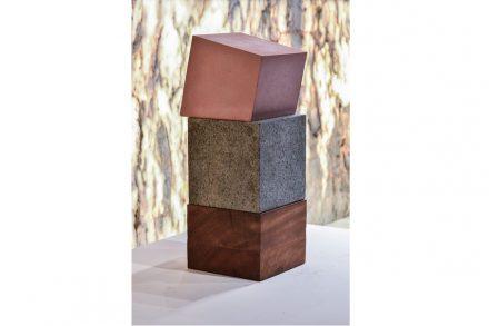 "Sculpture ""Jazida"" series. Artist: Beth Jobim. Company: Corcovado Brasigran. Stone: granite Café Imperial."