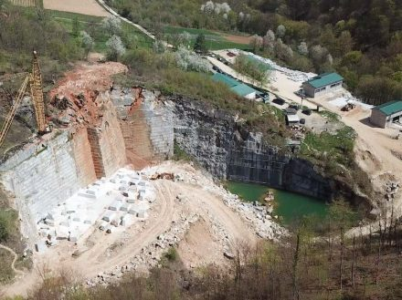 Plavi Tok marble from Balkan Mining Corporation, Serbia.